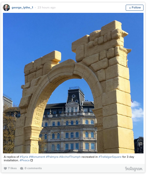 The reconstructed Arch of Palmyra in Trafalgar Square (photo via @george_lythe_1/Instagram)