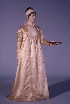 Dress of Dolly Madison, Courtesy of the National Museum of American History, neg. no. 72-2404.