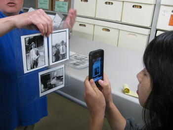 Archive staff gave the Wikipedians a behind-the-scenes tour of the collection, including the Scopes Trial photographs.
