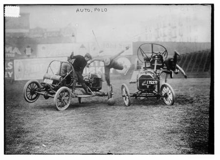 Auto polo (LOC), by Bain News Service, between ca. 1910 and ca. 1915.
