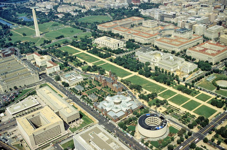 Aerial view of National Mall and surrounding buildings.