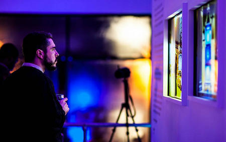 Sony hold's the first real-time digital photography exhibition.