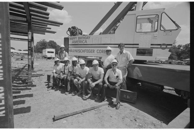 Ironworkers at 1976 Festival of American Folklife, by Jan Faul. Smithsonian Institution Archives, Neg. no. 80-2629.29A.