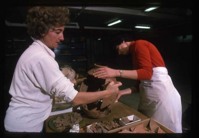 Pottery Reconstruction in Gus Van Beeks. Lab, December 1975, by Kjell Sandved, color transparencies, Smithsonian Institution Archives, Accession Number 95-013, Negative Number SIA2013-04207.