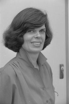 Claudia Brush Kidwell, Assistant Director of the Museum of History and Technology, now the National Museum of American History, 1979, by Richard Hofmeister, Accession 11-009: Smithsonian Photographic Services, Photographic Collection, 1979-2006, neg. no. 79-9879-29.