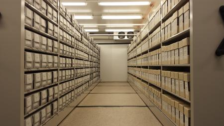 Collections in new location at SISC. Courtesy of Smithsonian Institution Archives.