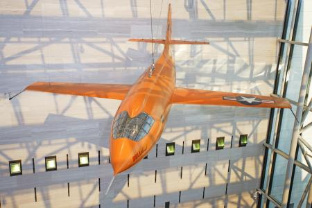 "On October 14, 1947, the Bell X-1 became the first airplane to fly faster than the speed of sound. Piloted by U.S. Air Force Capt. Charles E. ""Chuck"" Yeager, the X-1 reached a speed of 1,127 kilometers (700 miles) per hour, Mach 1.06, at an altitude of 13,000 meters (43,000 feet). Yeager named the airplane ""Glamorous Glennis"" in tribute to his wife. (National Air and Space Museum)"