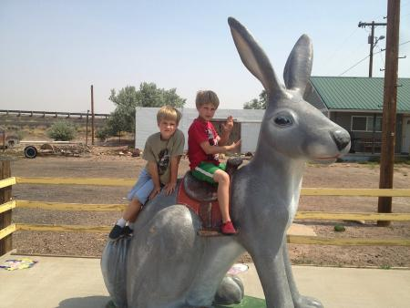 Don't forget to include follow travelers in your vacation photos. The famous Jack Rabbit at the Jack Rabbit Trading Post in Joseph City, Arizona, on Route 66. Photo by Lynda Schmitz Fuhrig.