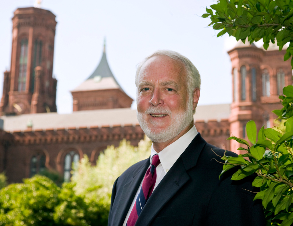 Secretary G. Wayne Clough standing in front of the Smithsonian Castle, 2008.  http://sirismm.si.edu/siahistory/imagedb/Clough_Wayne_Smithsonian.jpg