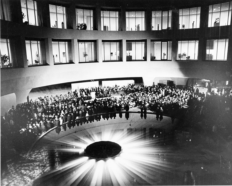 On opening night of the Hirshhorn Museum and Sculpture Garden, October 4, 1974, a crowd gathered in the interior court. Smithsonian Institution Archives, Record Unit 371, Box 2, Folder November 1974.