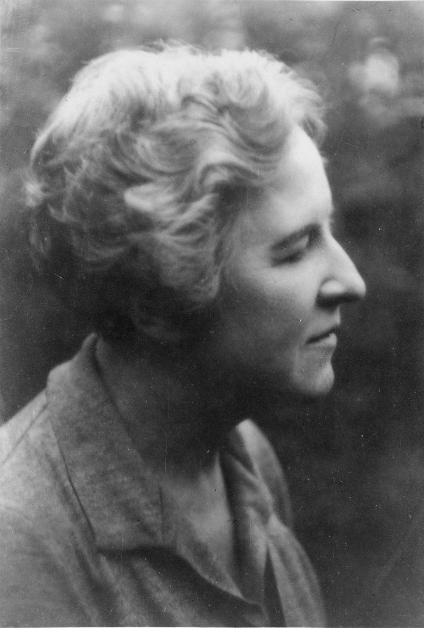 Black and white portrait of Maud Slye.