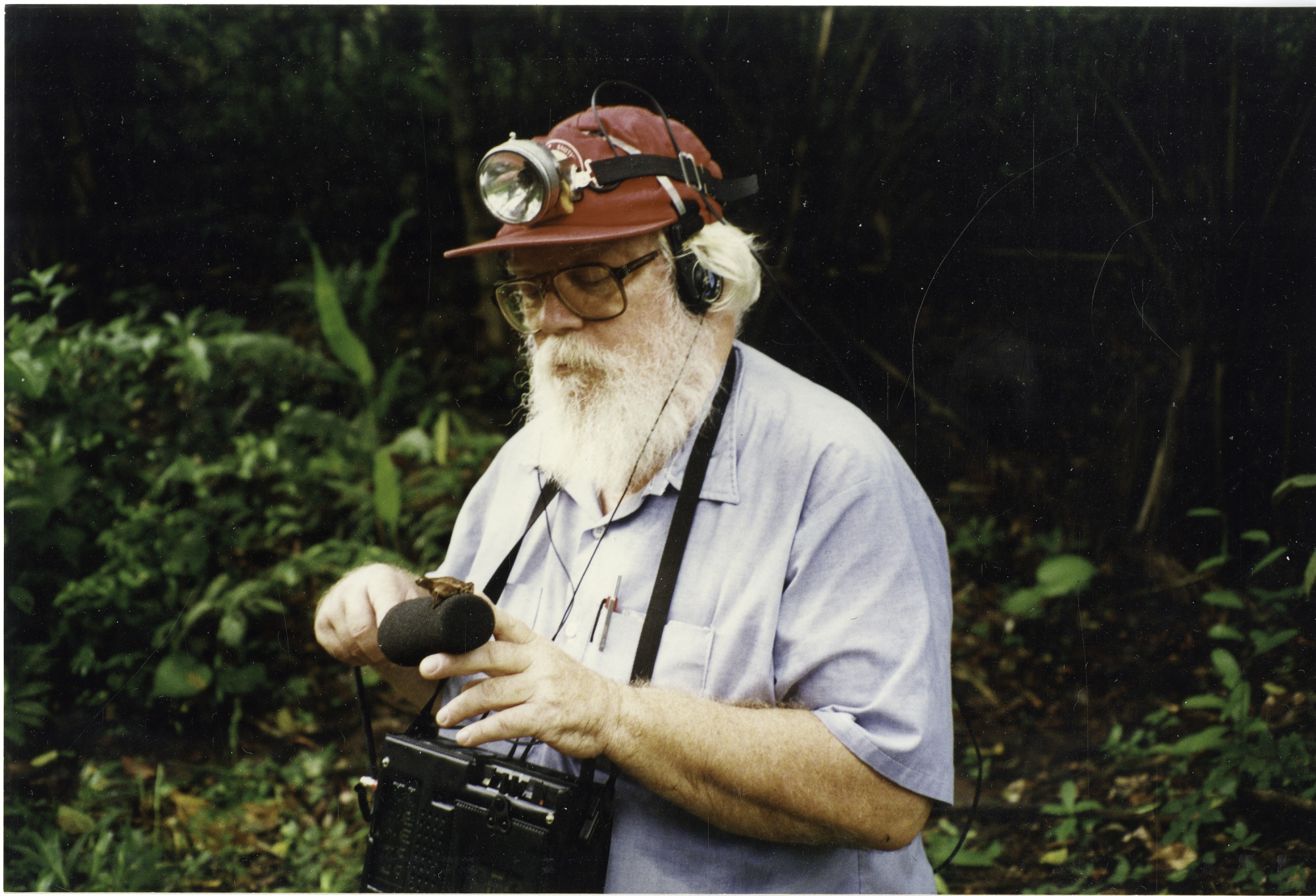 A. Stanley Rand, a herpetologist and Senior Biologist at STRI, capturing the sound of frogs in Panam