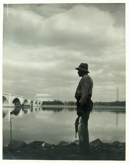 View of Lincoln Memorial and Washington Monument across Potomac River, undated.