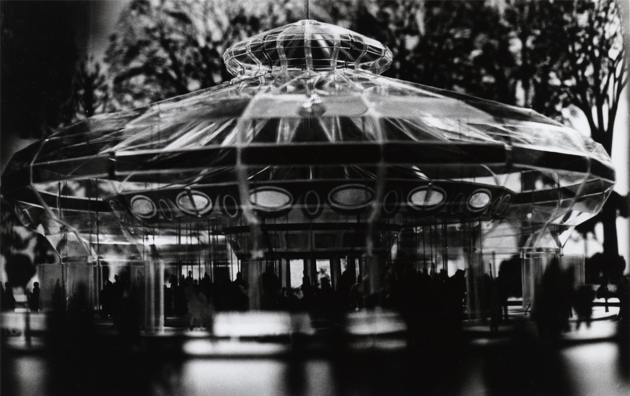 Charles Eames carousel pavilion model, Smithsonian Institution Archives, neg. no. 2002-2214.