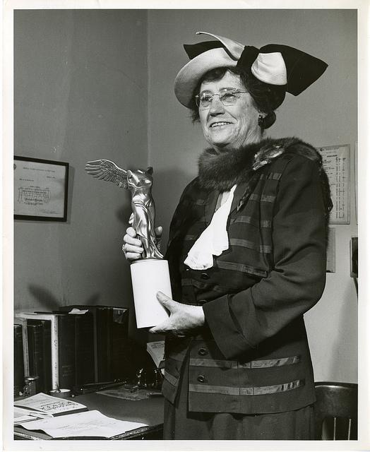 Elise Depew Strang L'Esperance (1878-1959), Cornell University, shown here in 1951 with her Lasker C