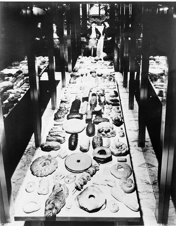 Bread Exhibit at Cooper-Hewitt Museum of Decorative Arts & Design, 1976, 95-20304.