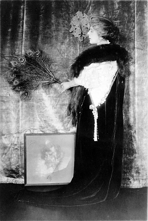 Alice Pike Barney, c. 1906-1907.