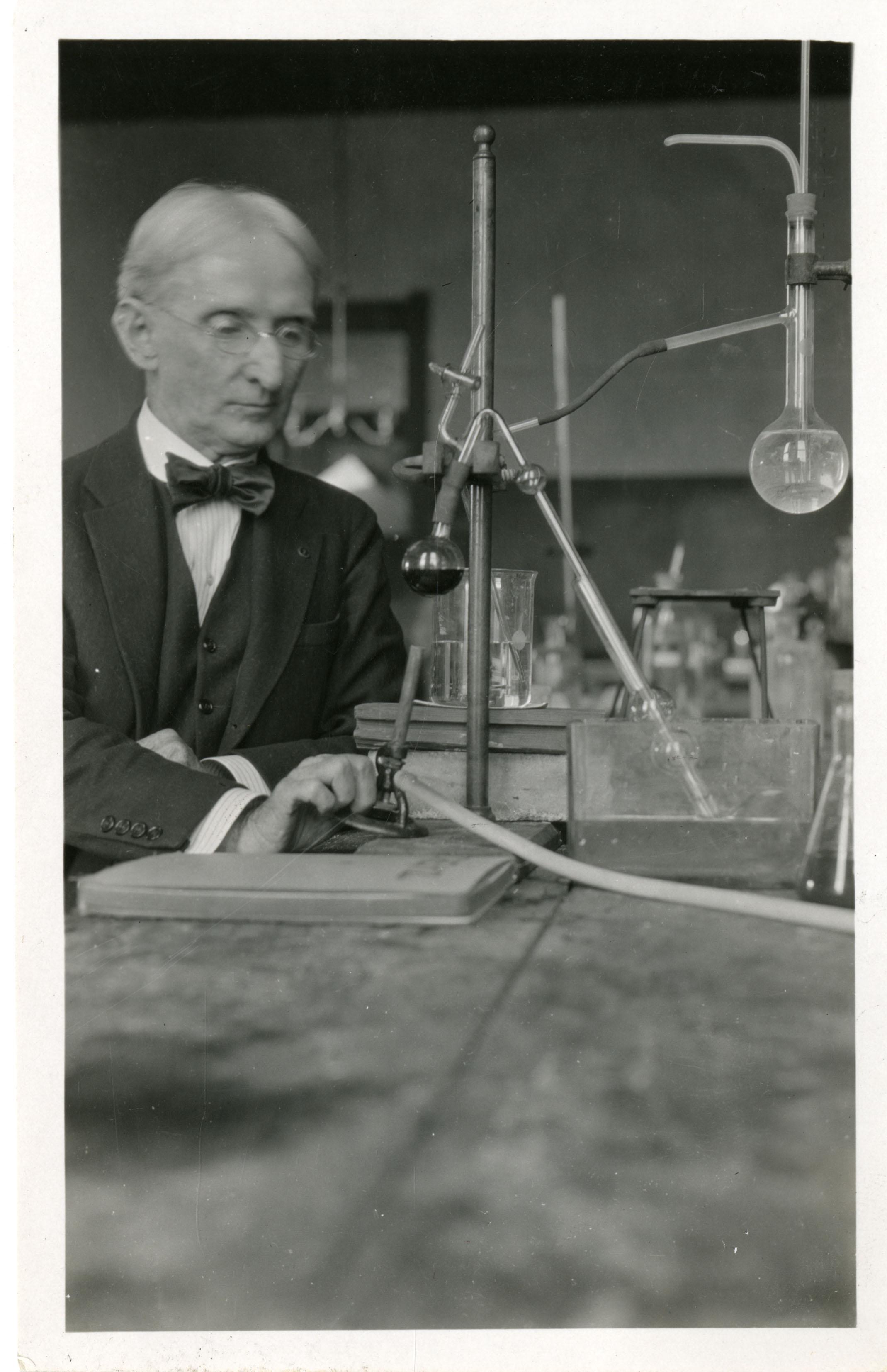 Henry Winston Harper (1859-1943).