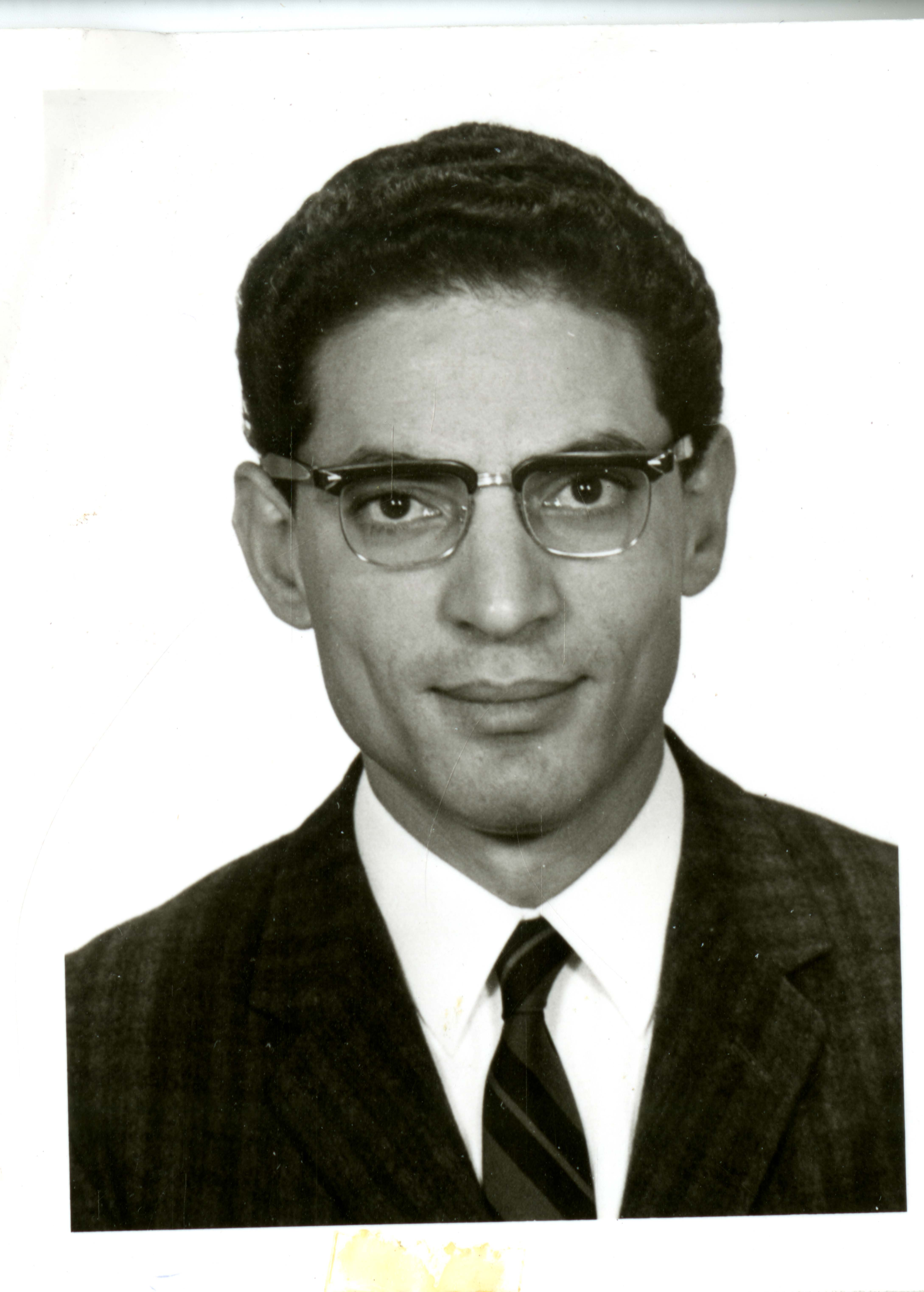 Portrait photograph of Dr. Farouk El Baz.