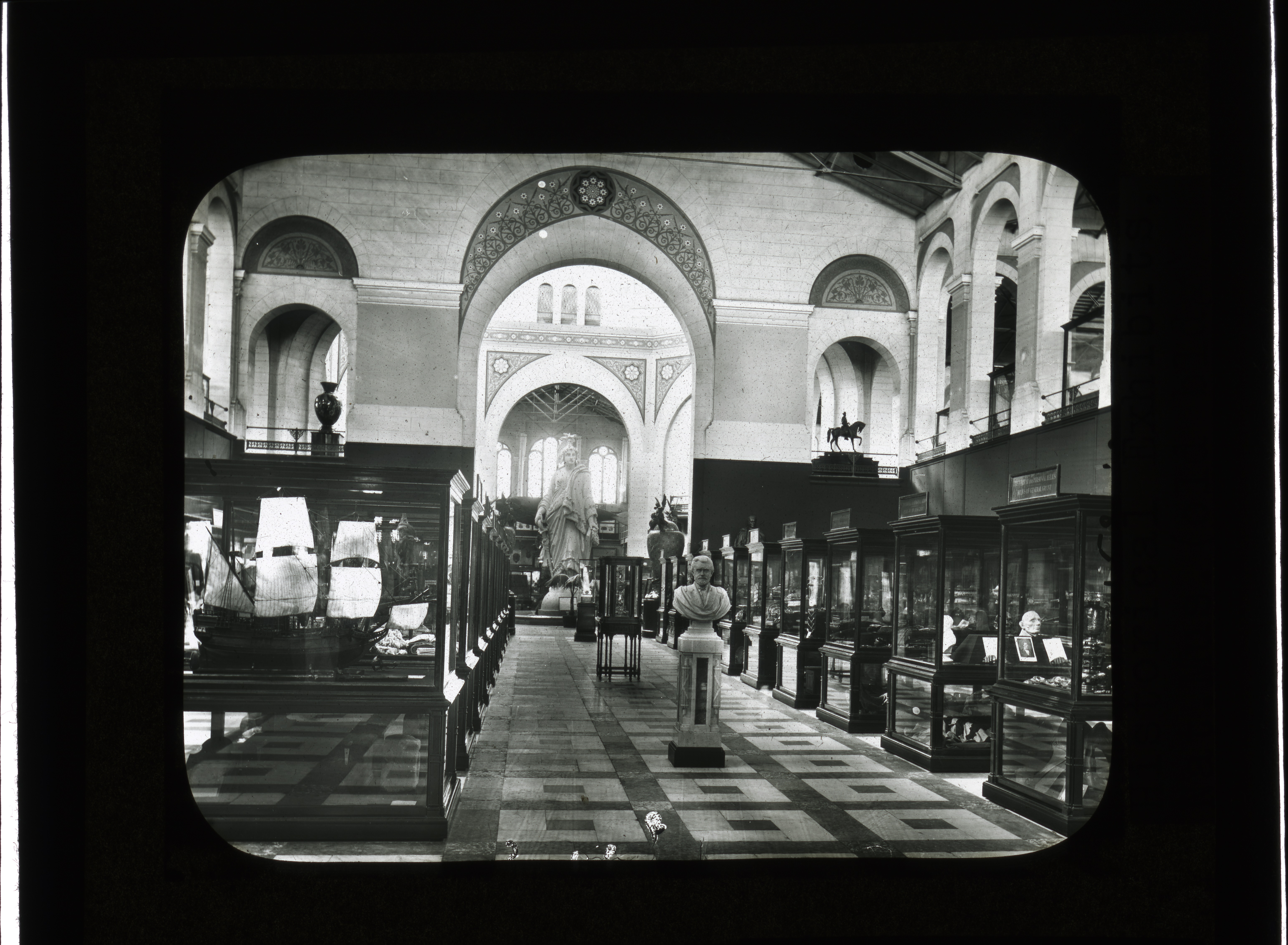 Histroric and Personal Relics Exhibit, United States National Museum. Accession 12-492, Smithsonian Institution Archives, Neg. no. SIA2012-2767.
