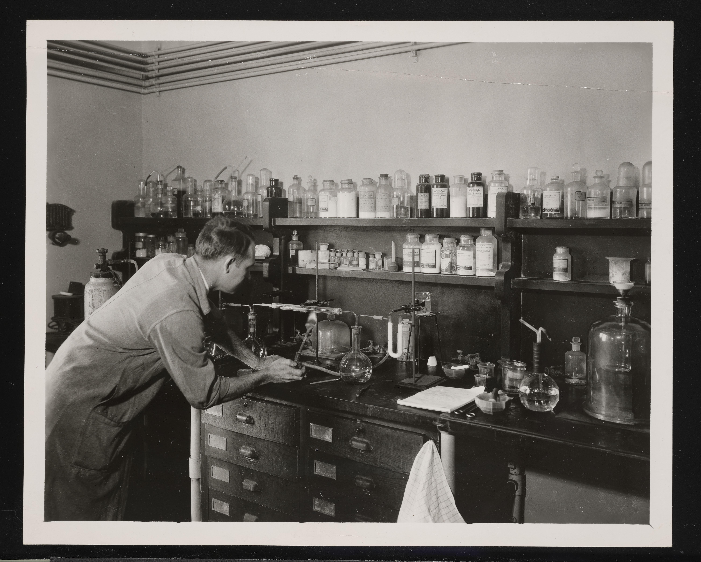 Meteorite Analysis, Geology Laboratory - Edward Porter Henderson