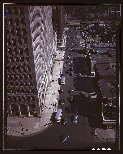 Traffic at 5:30 on Second Avenue, Detroit, Mich., by Arthur Siegel, 1942 July, Library of Congress,