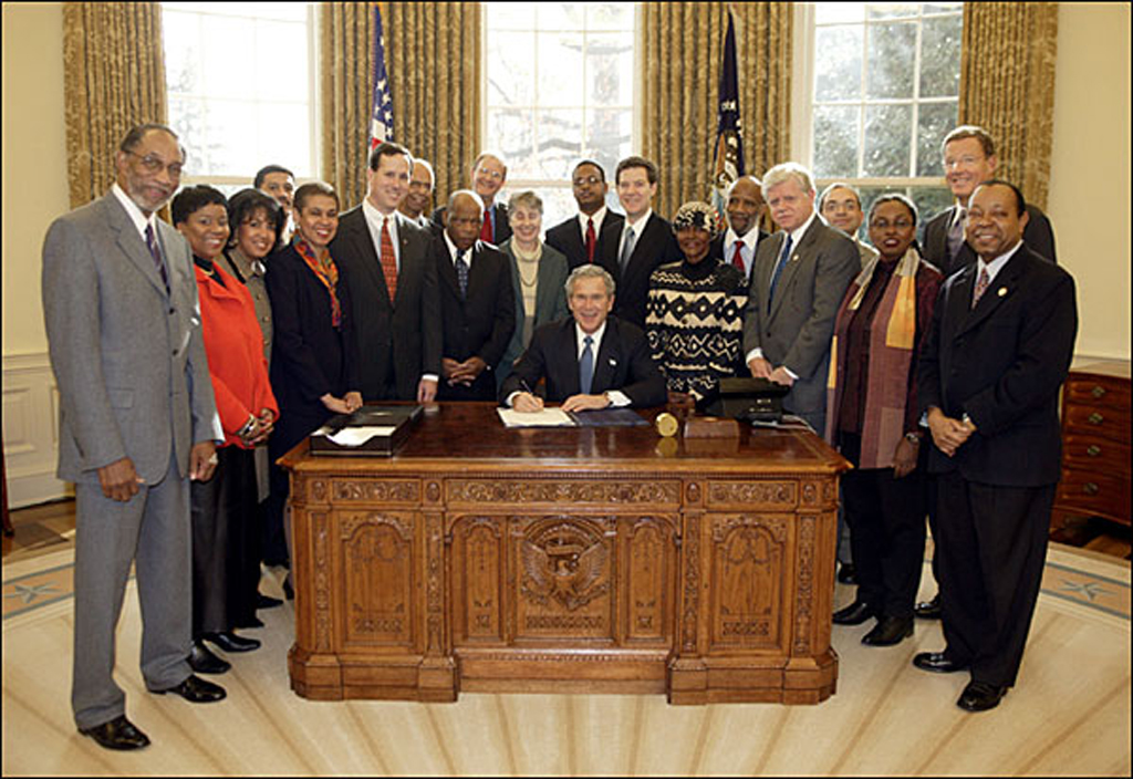 Dec 16 President Bush Signs Legislation Creating the NMAAHC