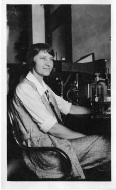 Marie Agnes Hinrichs, Accession 90-105 - Science Service, Records, 1920s-1970s, Smithsonian Institut