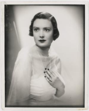 Mary, Duchess of Roxburghe at age 19, wearing her Cartier engagement ring (part of the sale). Photog