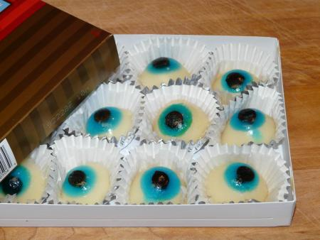 Box of Eyes, October 25, 2009, by Overduebook.