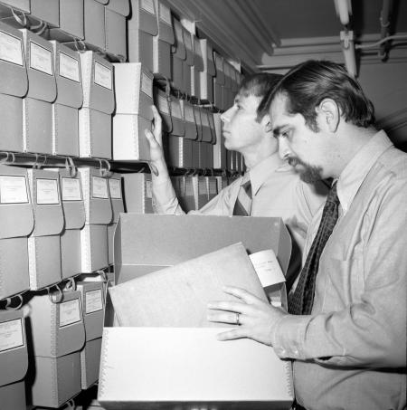 Research at SI Archives
