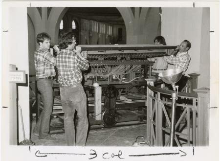 Removal of Orchestrion from Arts and Industries Building