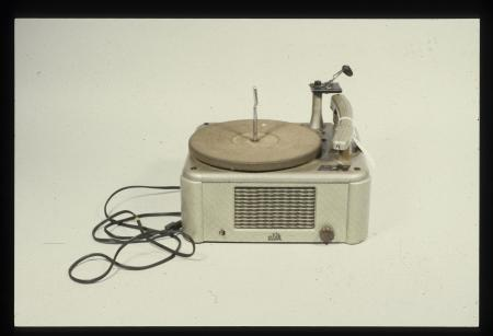 Record Player, National Museum of American History, 1986.3096.27.