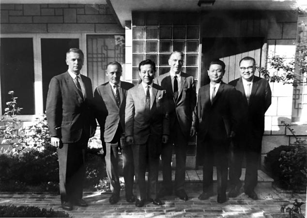 Smithsonian officials and scientists met Korean participants in September 1966.