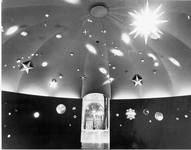 Star Exhibit at Cooper-Hewitt Museum, 1976, 95-20305.