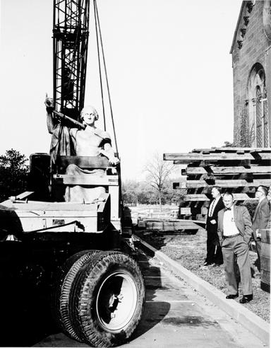 Moving of Greenough Statue of George Washington
