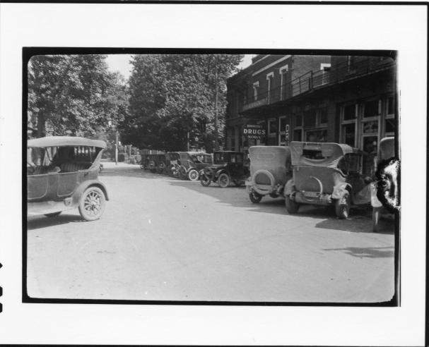 Tennessee v. John T. Scopes Trial: Main Street, Dayton, Tennessee 1925.